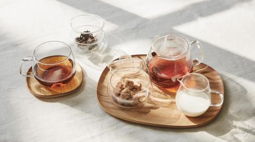 Let KINTO's elegant tableware designs bring joy to your home